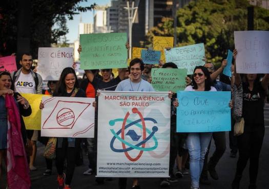 Cientistas realizam nova Marcha pela Ciência