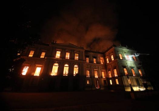 Destruição do museu era tragédia anunciada, dizem pesquisadores