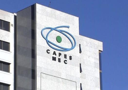 Academia repudia mudanças na distribuição de bolsas da Capes