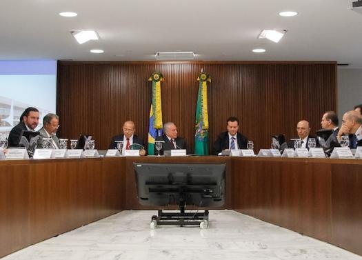 Governo libera recursos para INCTs e Universal 2014, com atraso