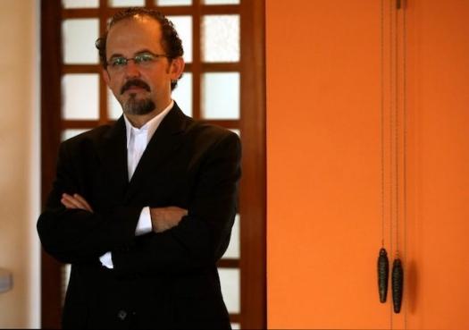 Justiça não deve se confundir com política, diz professor da USP