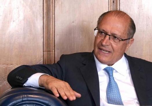 Orçamento da Fapesp será repassado na íntegra, diz Alckmin